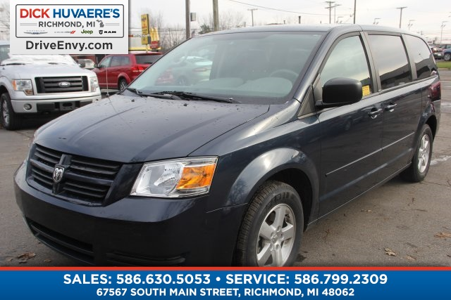 Pre Owned 2009 Dodge Grand Caravan Se