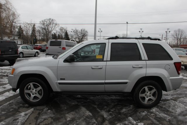 pre-owned 2007 jeep grand cherokee laredo 4d sport utility in