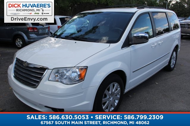 Pre Owned 2010 Chrysler Town U0026 Country Touring Plus